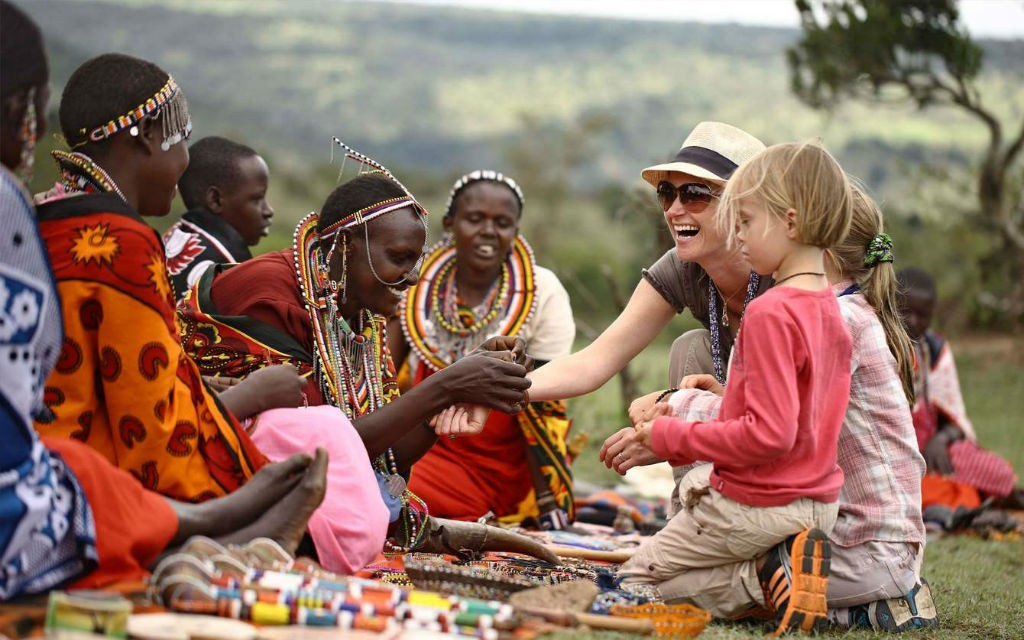 Discover 5 Low-Income Travel Programs